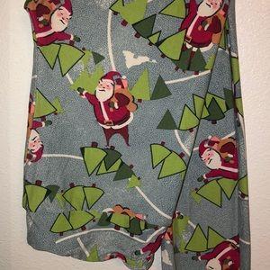 Lularoe CHRISTMAS leggings.